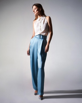 Campaign AW 19/20 WHITE BLOUSE + BLUE TROUSERS