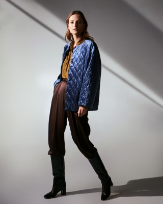 Campaign AW 19/20 RUSA BLUE JACKET + VIENNA BLOUSE + брюки JULIA SUIT