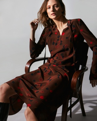 Campaign AW 19/20 LILY AUTUMN LEAVES DRESS